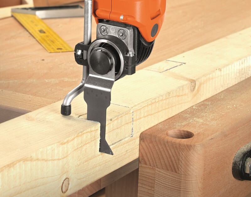 sawing_construction_wood