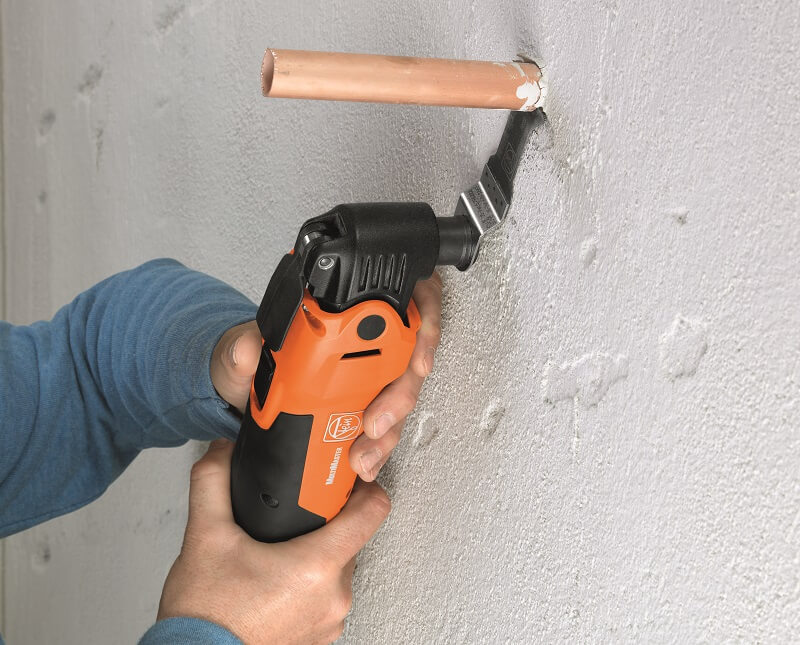 sawing_flush_to_the_wall